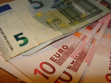 euro 004